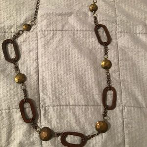 Express long wooded/gold pattern necklace